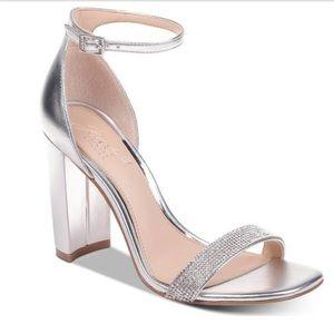 Badgley Mischka (Jewel) Keshia Ankle Strap Sandals
